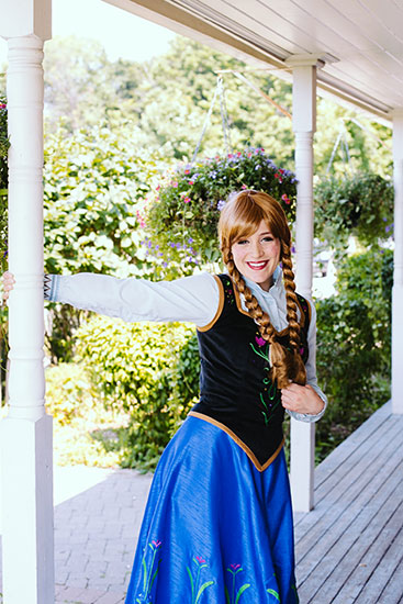 ANNA PARODY PARTY CHARACTER - 1