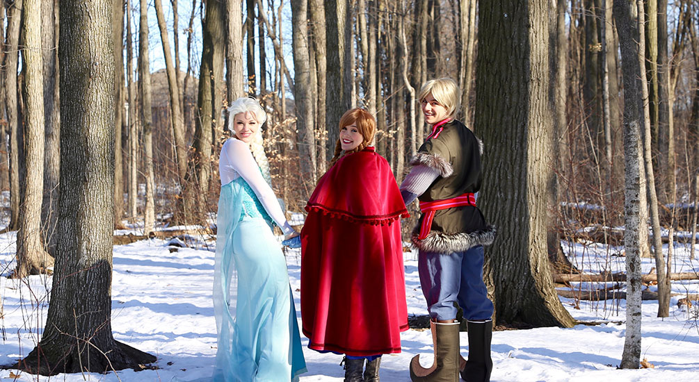 ELSA AND ANNA PARODY PARTY - 1